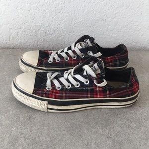 Women Converse Chuck Taylor Shoes size 7.5